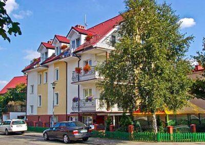 Hotel Villa Victoria Kołobrzeg latem